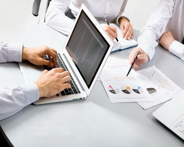 انتخاب بهترین نرم افزار حسابداری - تعداد کاربران نرم افزار حسابداری چند نفر است و امکان تغییر آتی آن چیست؟